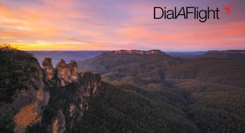 Sunrise over the Jamison Valley and the Three Sisters in the scenic Blue Mountains National Park